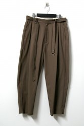 URU(ウル)/1TUCK PANTS/Brown