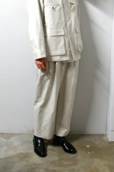 URU(ウル)/2TUCK PANTS/Ecru