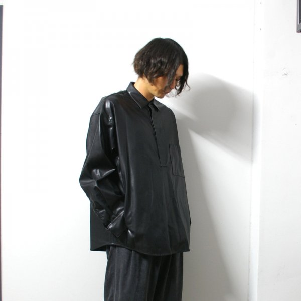 <img class='new_mark_img1' src='https://img.shop-pro.jp/img/new/icons13.gif' style='border:none;display:inline;margin:0px;padding:0px;width:auto;' />stein(シュタイン)/OVERSIZED PULLOVER SHIRT/Black