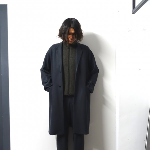 <img class='new_mark_img1' src='https://img.shop-pro.jp/img/new/icons13.gif' style='border:none;display:inline;margin:0px;padding:0px;width:auto;' />URU(ウル)/OVER COAT/Charcoal
