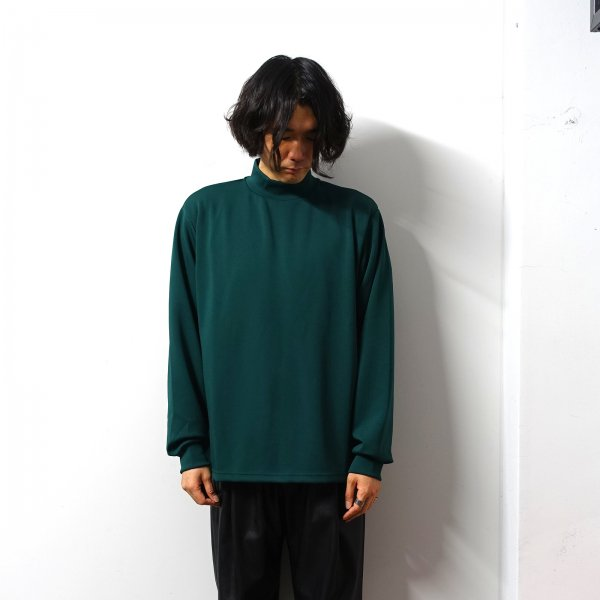 <img class='new_mark_img1' src='https://img.shop-pro.jp/img/new/icons13.gif' style='border:none;display:inline;margin:0px;padding:0px;width:auto;' />stein(シュタイン)/OVERSIZED HIGH NECK LS/Green