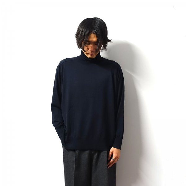 <img class='new_mark_img1' src='https://img.shop-pro.jp/img/new/icons16.gif' style='border:none;display:inline;margin:0px;padding:0px;width:auto;' />URU(ウル)/TURTLE NECK KNIT/Navy