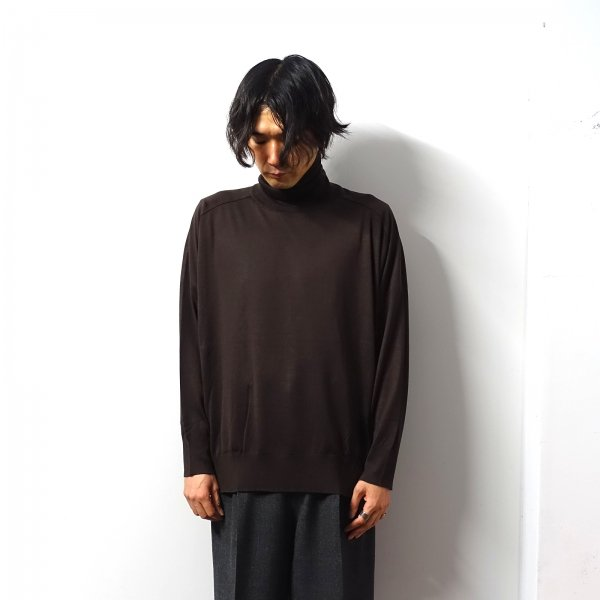 <img class='new_mark_img1' src='https://img.shop-pro.jp/img/new/icons16.gif' style='border:none;display:inline;margin:0px;padding:0px;width:auto;' />URU(ウル)/TURTLE NECK KNIT/Brown
