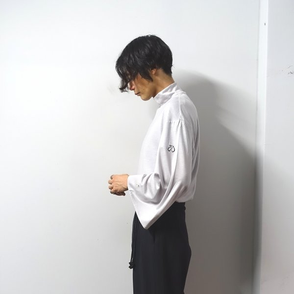 <img class='new_mark_img1' src='https://img.shop-pro.jp/img/new/icons13.gif' style='border:none;display:inline;margin:0px;padding:0px;width:auto;' />ETHOSENS(エトセンス)/Japanese knit/Greige