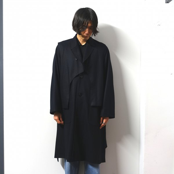 <img class='new_mark_img1' src='https://img.shop-pro.jp/img/new/icons13.gif' style='border:none;display:inline;margin:0px;padding:0px;width:auto;' />URU(ウル)/BELTED  COAT/Navy