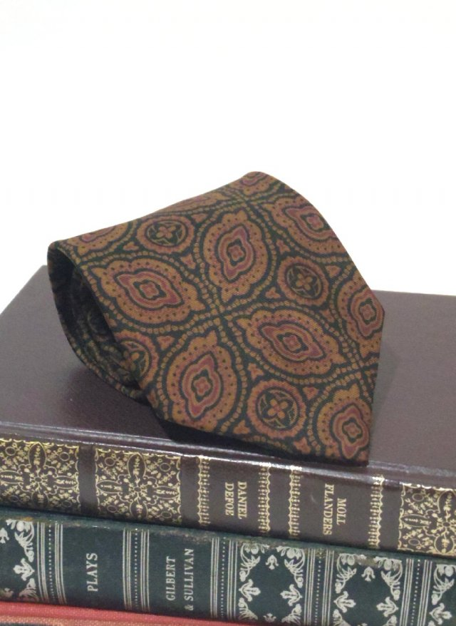 80's Vintage Neck Tie LIBERTY OF LONDON<img class='new_mark_img2' src='https://img.shop-pro.jp/img/new/icons8.gif' style='border:none;display:inline;margin:0px;padding:0px;width:auto;' />