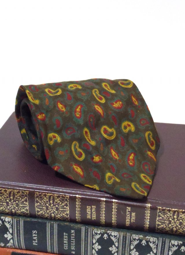 70's Vintage Paisley Neck Tie <img class='new_mark_img2' src='https://img.shop-pro.jp/img/new/icons8.gif' style='border:none;display:inline;margin:0px;padding:0px;width:auto;' />