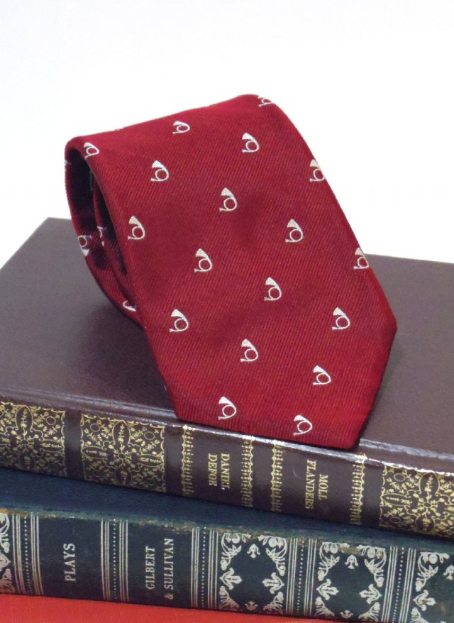 Vintage USA Crest Neck Tie Rivetz of boston<img class='new_mark_img2' src='https://img.shop-pro.jp/img/new/icons8.gif' style='border:none;display:inline;margin:0px;padding:0px;width:auto;' />