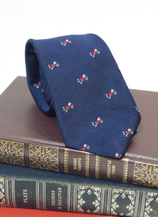 Vintage USA Crest Neck Tie <img class='new_mark_img2' src='https://img.shop-pro.jp/img/new/icons8.gif' style='border:none;display:inline;margin:0px;padding:0px;width:auto;' />