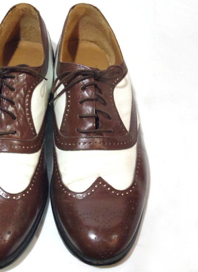 Vintage SPA【Church's】Wingtip Leather Shoes<img class='new_mark_img2' src='https://img.shop-pro.jp/img/new/icons8.gif' style='border:none;display:inline;margin:0px;padding:0px;width:auto;' />