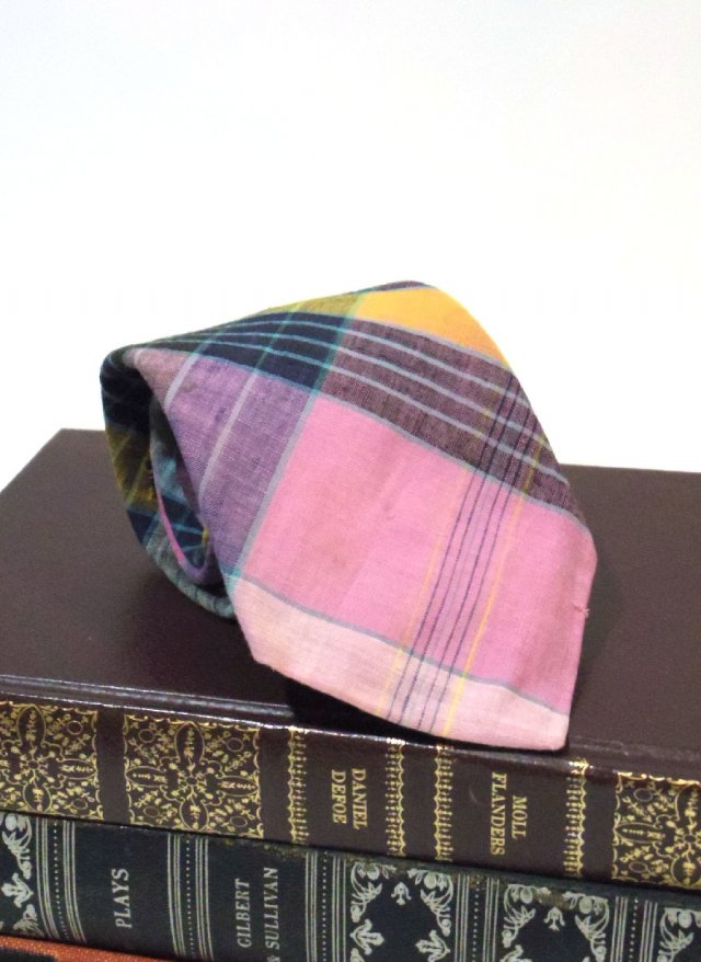 Vintage Madras Check Neck Tie David Lawton<img class='new_mark_img2' src='https://img.shop-pro.jp/img/new/icons8.gif' style='border:none;display:inline;margin:0px;padding:0px;width:auto;' />