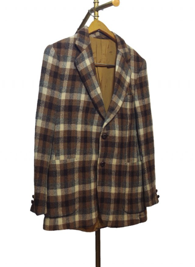 80's Vintage Tweed Check Jacket <img class='new_mark_img2' src='https://img.shop-pro.jp/img/new/icons8.gif' style='border:none;display:inline;margin:0px;padding:0px;width:auto;' />