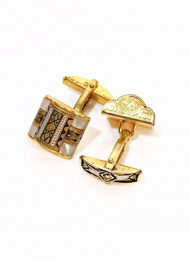 Vintage Swivel Cuff Links Classic Gold      NO.697<img class='new_mark_img2' src='https://img.shop-pro.jp/img/new/icons8.gif' style='border:none;display:inline;margin:0px;padding:0px;width:auto;' />