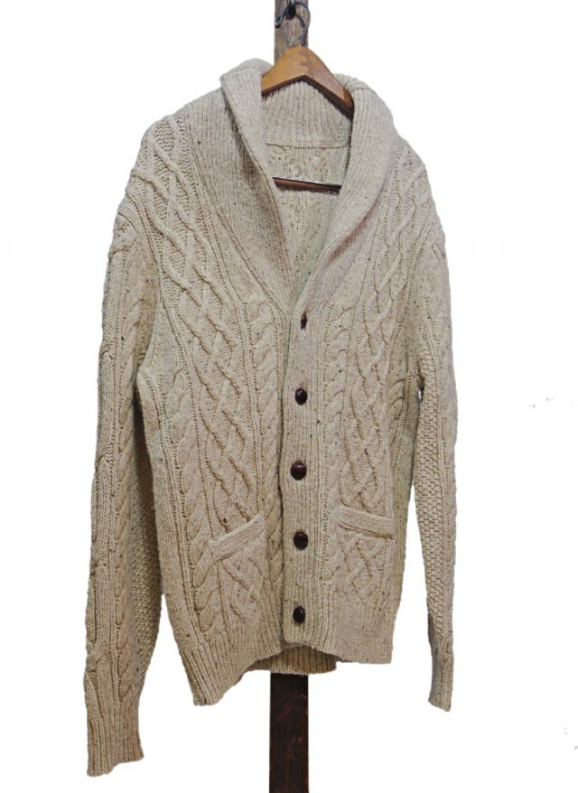<img class='new_mark_img1' src='https://img.shop-pro.jp/img/new/icons8.gif' style='border:none;display:inline;margin:0px;padding:0px;width:auto;' />80's Vintage Fisherman Knit Shawl Cardigan
