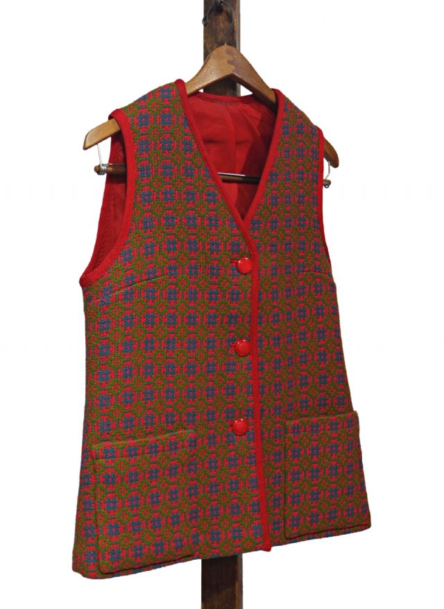 UK 60's Vintage Welsh Wool Tapestry Vest #0029<img class='new_mark_img2' src='https://img.shop-pro.jp/img/new/icons8.gif' style='border:none;display:inline;margin:0px;padding:0px;width:auto;' />
