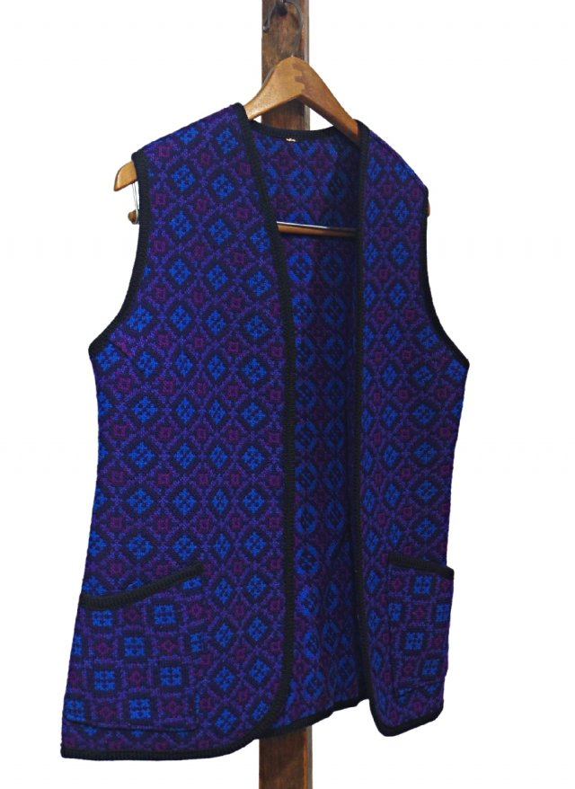 UK 60's Vintage Welsh Wool Tapestry Vest #0030<img class='new_mark_img2' src='https://img.shop-pro.jp/img/new/icons8.gif' style='border:none;display:inline;margin:0px;padding:0px;width:auto;' />
