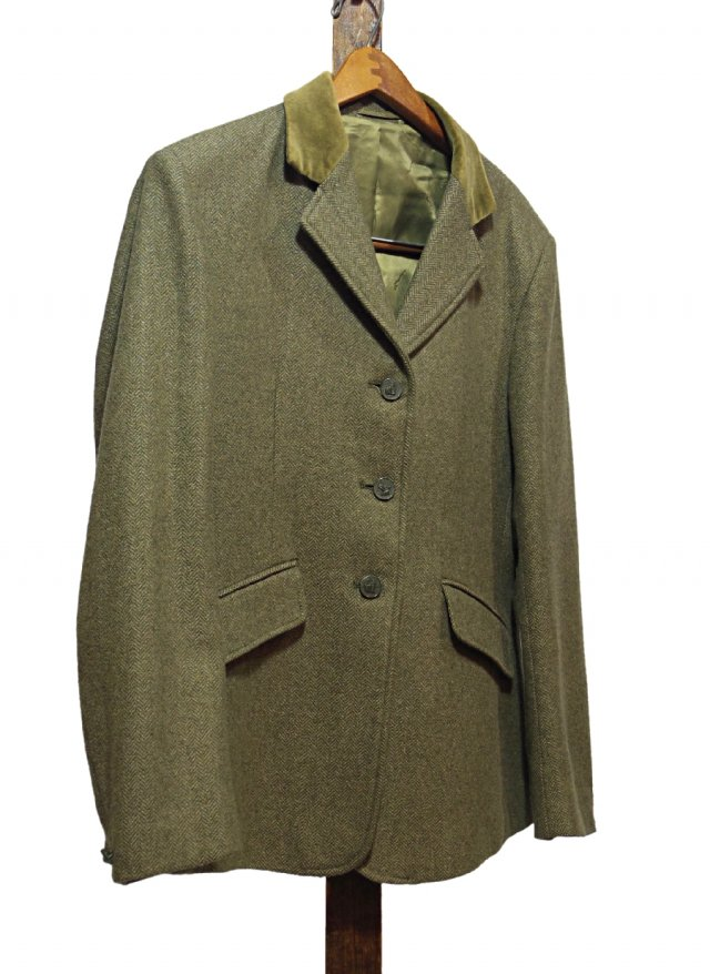 Vintage Shires Hacking Tweed Herringbone Jacket #0042<img class='new_mark_img2' src='https://img.shop-pro.jp/img/new/icons8.gif' style='border:none;display:inline;margin:0px;padding:0px;width:auto;' />
