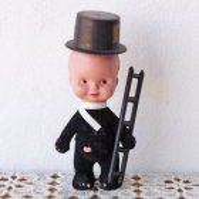 ハンガリー コミニークの人形 セルロイド