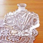 チェコスロバキア ボヘミアガラスの香水瓶/花瓶 蝶
