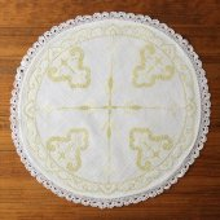 チェコ クロスステッチ刺繍のドイリーWH 十字LYE