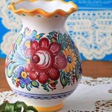 スロバキア 壺型のフラワーベースWH 賑やかなお花ペイント