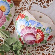 チェコスロバキア時代 陶器製のハート型小物入れ  壁掛け式A