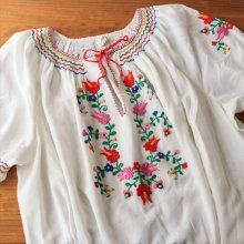 ハンガリー カロチャ刺繍ワンピースWH