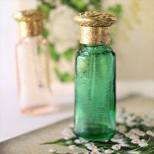チェコ ボヘミアガラス 香水瓶 スティックGR×ベレーキャップ