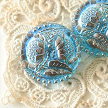 チェコ ボヘミアガラスのボタン 2つの花と星屑/LBLオーロラ