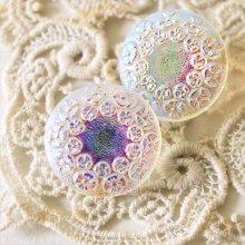 チェコ ボヘミアガラスのボタン 花輪/WHオーロラS