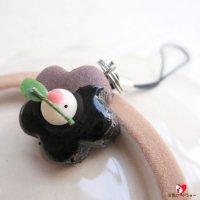 【ハンドメイド】【お一人様1個まで】mamimoonマミムーン「チョコケーキ(ミニ)文鳥ストラップ」
