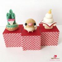 【ハンドメイド】小鳥のインテリア♪Happi Happiハピハピ「迎春・シナモン文鳥」お正月飾り