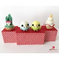 【ハンドメイド】小鳥のインテリア♪Happi Happiハピハピ「迎春・水色&黄緑セキセイインコ」お正月飾り