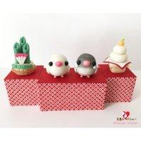 【ハンドメイド】小鳥のインテリア♪Happi Happiハピハピ「迎春・白文鳥&桜文鳥」お正月飾り