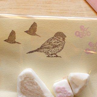 消しゴムはんこ作家 ゆにゃとりす【スズメ+飛ぶ鳥+小花】小鳥ミックス♪はんこセット