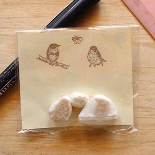 消しゴムはんこ作家 ゆにゃとりす【オジロビタキ2羽+蝶】小鳥ミックス♪はんこセット