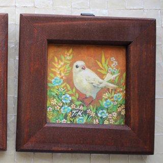 アクセサリー作家 mimeruミメル【オレンジ背景の鳥×正方形の木製額縁・縦9cm】小鳥の小さな額絵