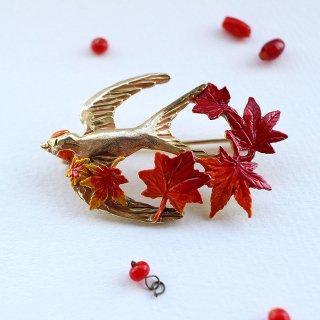 Palnart Poc【ツバメのいざないブローチ 】紅葉と野鳥の秋ブローチ