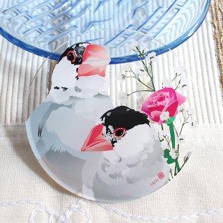 【店主オススメ!】とりアート【桜文鳥】アクリルコースター * 2羽のお顔アップと、薔薇・かすみ草