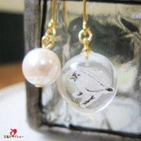 Lissitaリシータ・白文鳥のコラージュ×パールのピアスorイヤリング/水滴のかたち
