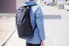 TAITAI/ウルトラライトバックパック KITE ブラック【送料無料】