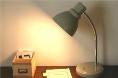 後藤照明×倉敷意匠/デスクライト灰(60W電球付)【送料無料】