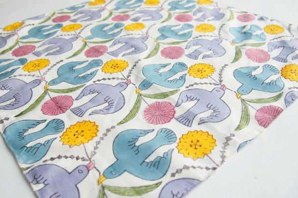鹿児島睦/ハンカチ 鳥と花