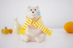 Polar Bear Money Box/マフラー付きシロクマ貯金箱