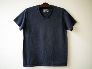 Waterside V-NECK Tシャツ