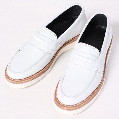 mythography �ʥߥ�����ե�����Nuback Penny Loafer White