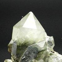 ヒマラヤ山系ガーネッシュヒマール産ガーデン水晶