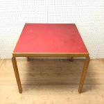 Alvor Aalto/アルバー・アアルト テーブル(レッド)