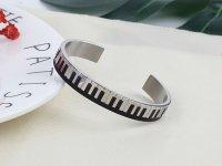 ピアノ鍵盤ブレスレット