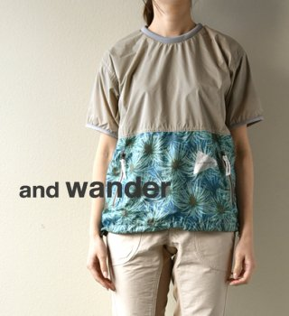【and wander】アンドワンダー women's pine printed wind T